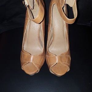LilianaTan Stiletto Heels size 7.5
